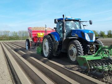 New Holland met Miedema Structural