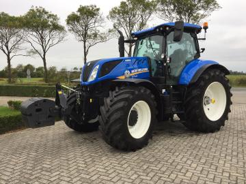 New Holland T7.230 AutoCommand afgeleverd