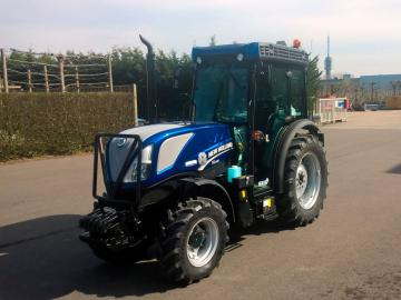 New Holland T4.100V Blue Power voor Mts. Zuijdweg