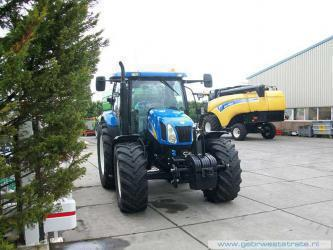 New Holland TS100A afgeleverd