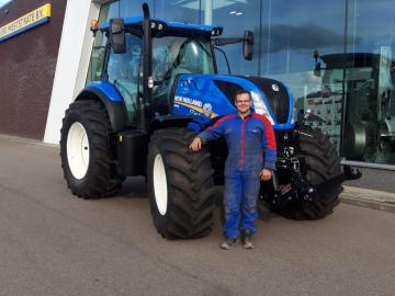 New Holland T7.165 voor Mts. Rijm
