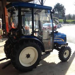 New Holland Boomer 35 voor Mata Hoveniers